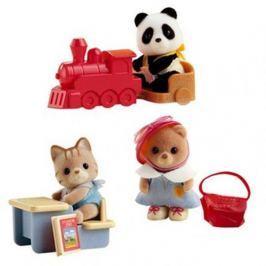 Sylvanian Families Baby příslušenství - panda, méďa a veverka si hrají doma