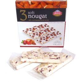 Jemný nugát s brusinkami a mandlemi 3x35g dárkové balení
