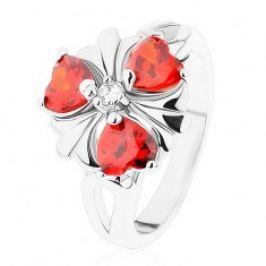 Prsten ve stříbrném odstínu, květ s oranžovými zirkonovými srdíčky R39.27