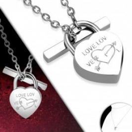 Ocelový náhrdelník stříbrné barvy, srdíčkovitý zámek, lesklý řetízek AA20.13